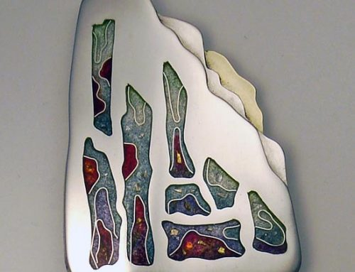 Jesse's mountain – cloisonné enamel brooch