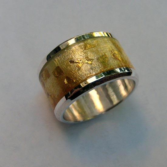 gorgeous warm golds ring