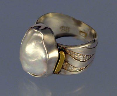 Keshi Pearl Ring