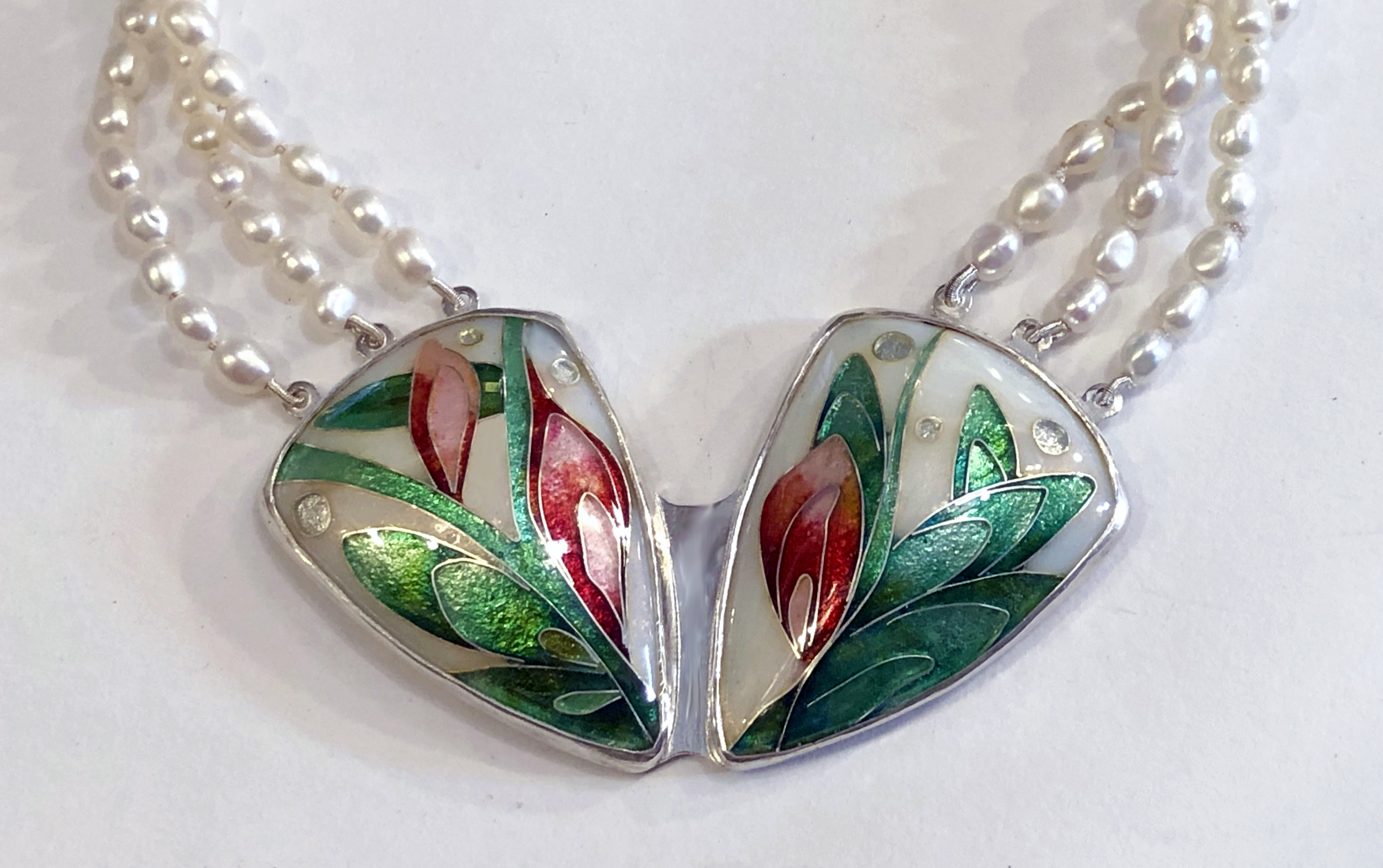 Cloisonné enamel flowers necklace with pearl necklace